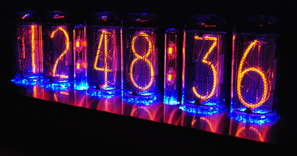 Nixie, Numitrons, VFD Clock-night-schr-blue
